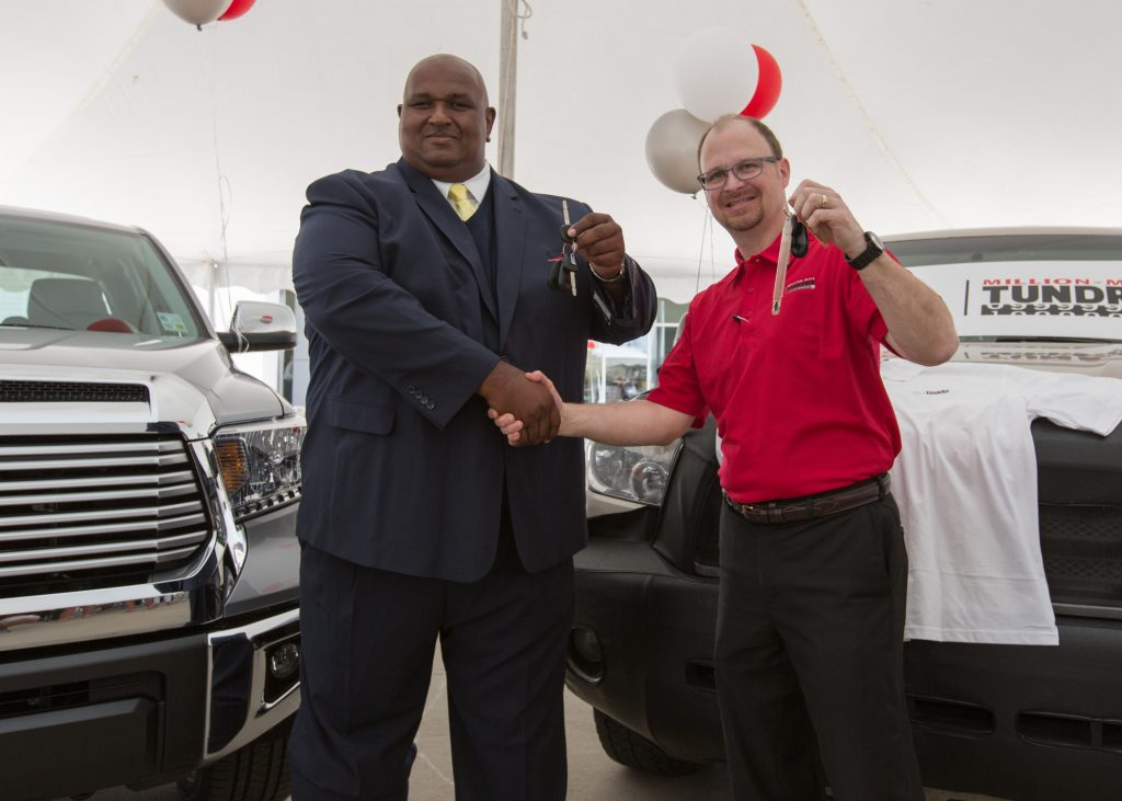 US Toyota customer Victor Sheppard was so satisfied with the reliability of his 2007 Toyota Tundra that even after he had safely driven one million miles (1,609,344 kilometres), he kept driving it.